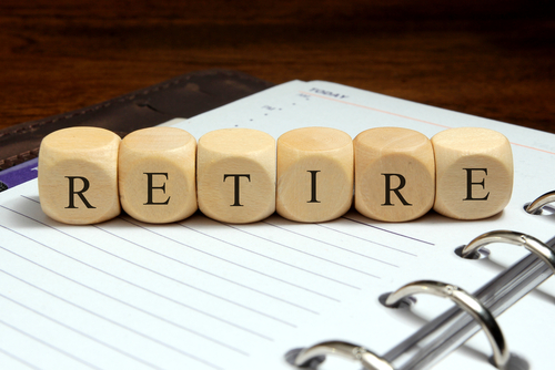 The Perks and Pitfalls of Managing Your 401(k)