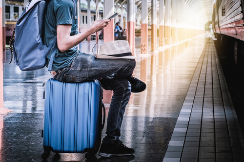 Smart Suitcases for Tech Savvy Travelers